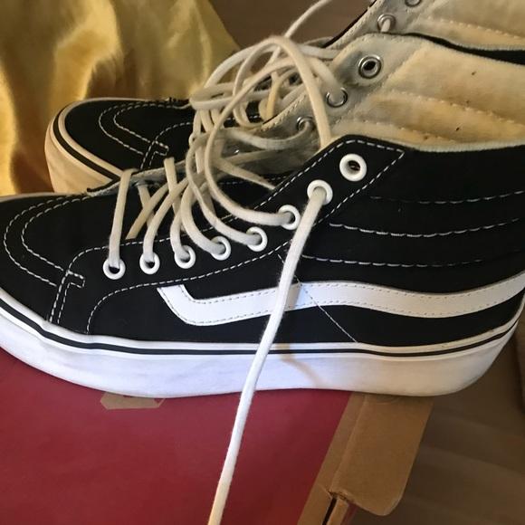 6ba0f5490e63 Vans Sk8 Hi Platform sneakers   size 7.5